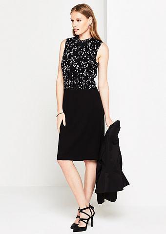 Платье вечернее с утонченный цветочным...