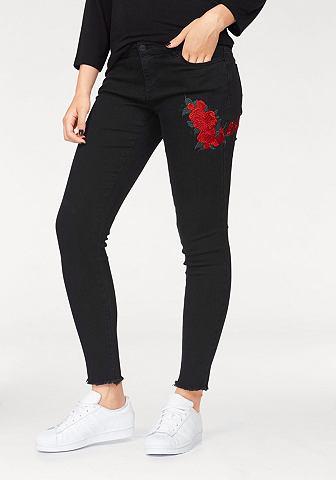 Siaurėjantys džinsai »LUCY ROSE« su apvadas ir ausgefranstem apsiuvas