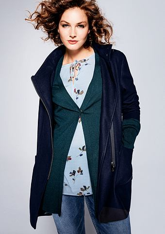 Куртка, кофта с капюшоном в Woll-Optik...