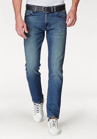 WRANGLER Узкие джинсы »Greensboro«