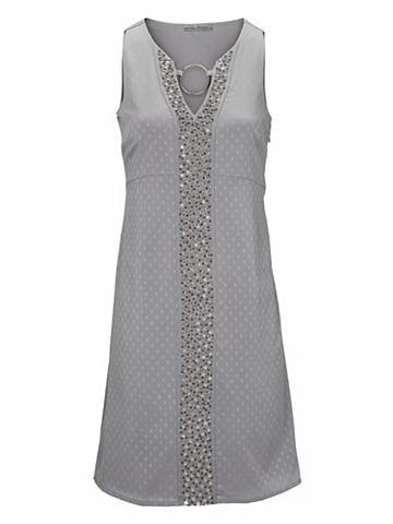 Коктейльное платье с приложений