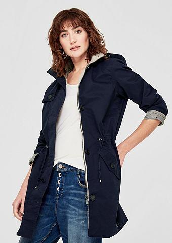 Нежный пальто с капюшон