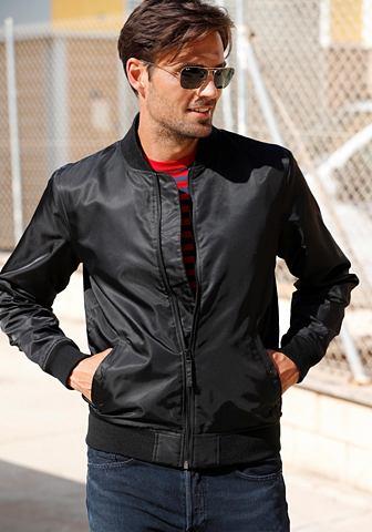 ® куртка