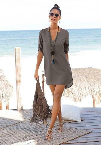 Платье включая украшением