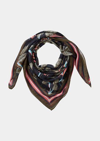 Нежный шарф с красочный повторяющийся ...