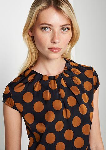 Изящный блузка сатиновая с захватывающ...