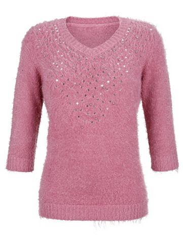 Пуловер с декорация