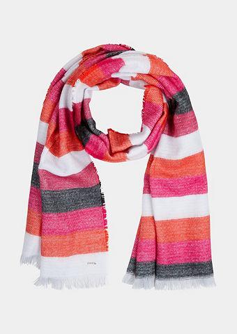 Мягкий шарф вязаный с узор