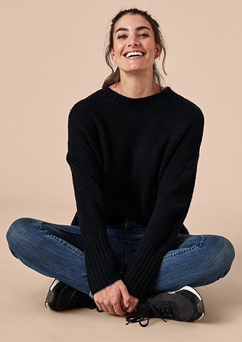 Lässiger пуловер с Wolle