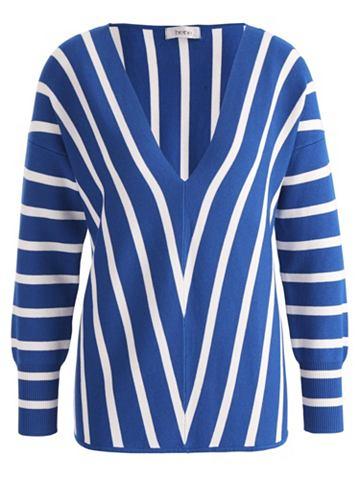 Пуловер tief ausgeschnitten