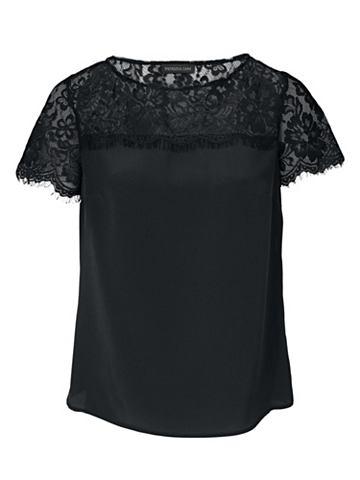 Блузка из шелка с кружева