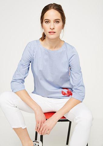 Блузка с вертикальные полосы