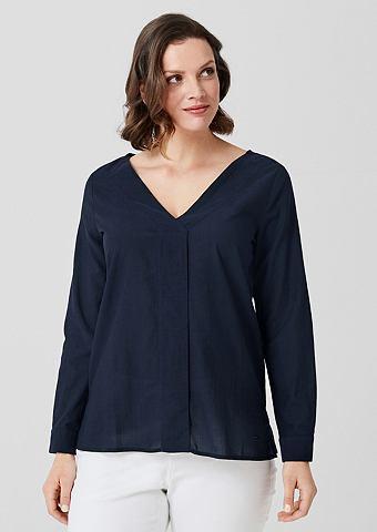 Блузка с с V-образным вырезом