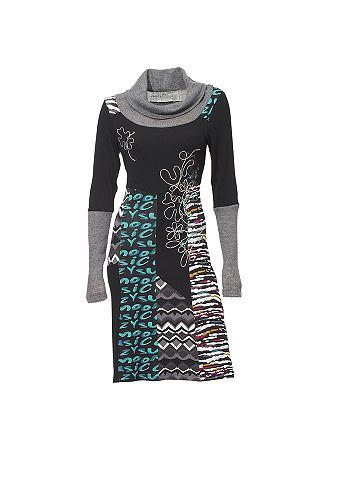 Платье с окантовка