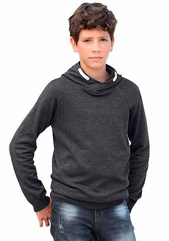 Sportinis megztinis su gobtuvu