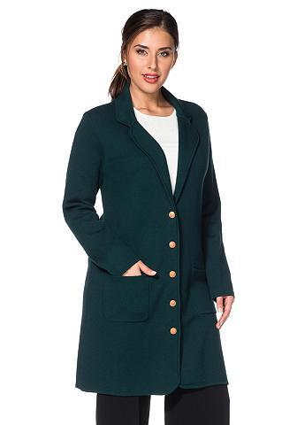 Megztas paltas su apykaklė
