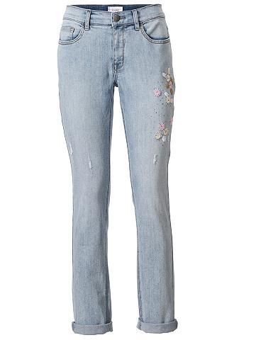 Laisvo stiliaus džinsai su apvadas