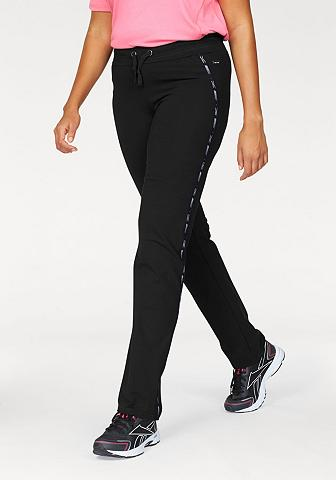 Sportinės kelnės (arba kelnaitės)