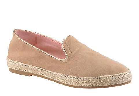 Footwear batai