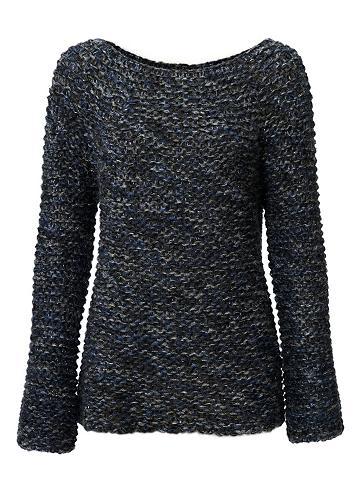 Megztinis su ausgestellten rankovėmis