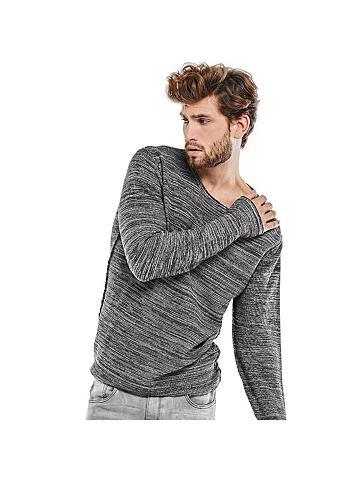 Apvalia iškirpte megztinis