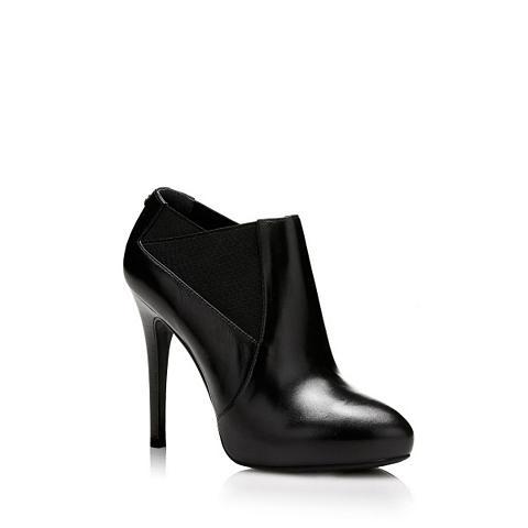 Patrumpinti batai SINDY iš Odinis