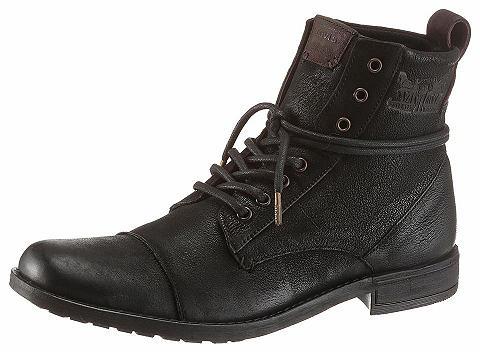 ® suvarstomi ilgaauliai batai