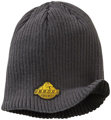 Megzta kepurė in padėties spalvos