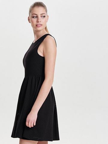 Detailreiches suknelė be rankovės