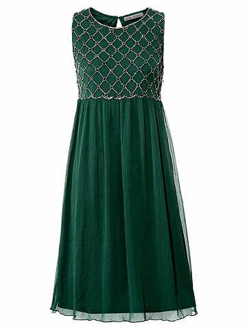 Siuvinėta suknelė su priedai