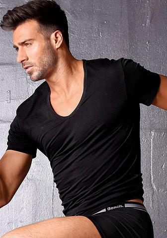Bench. Marškinėliai iš atmungsaktiver COOLMAX...