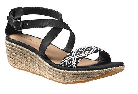 Kara sandalai