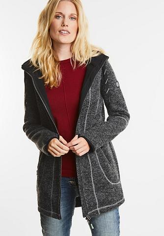 Gebondeter megztas paltas