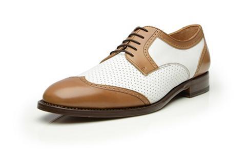 Suvarstomi batai »No. 381«