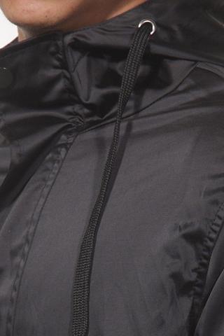 Trumpas paltas siauras forma