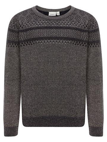 Blizgiu papuošimu megztinis