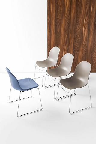 Viena ant kito sustatomos kėdės 2 vnt....