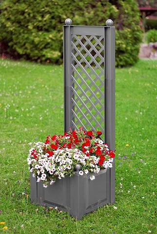 Ažūrinė sienelė gėlėms su Lauko vazona...