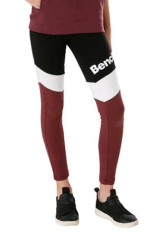 Bench. Leggings in gražiais Kontrastfarben
