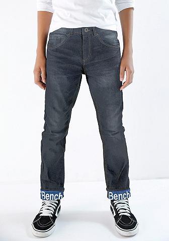BENCH. Džinsai su 5 kišenėmis
