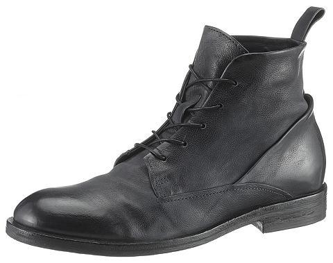 A.S.98 Suvarstomi batai »Birklane«