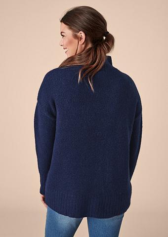 TRIANGLE Megztinis