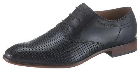 DANIEL HECHTER Suvarstomi batai »Melkior«