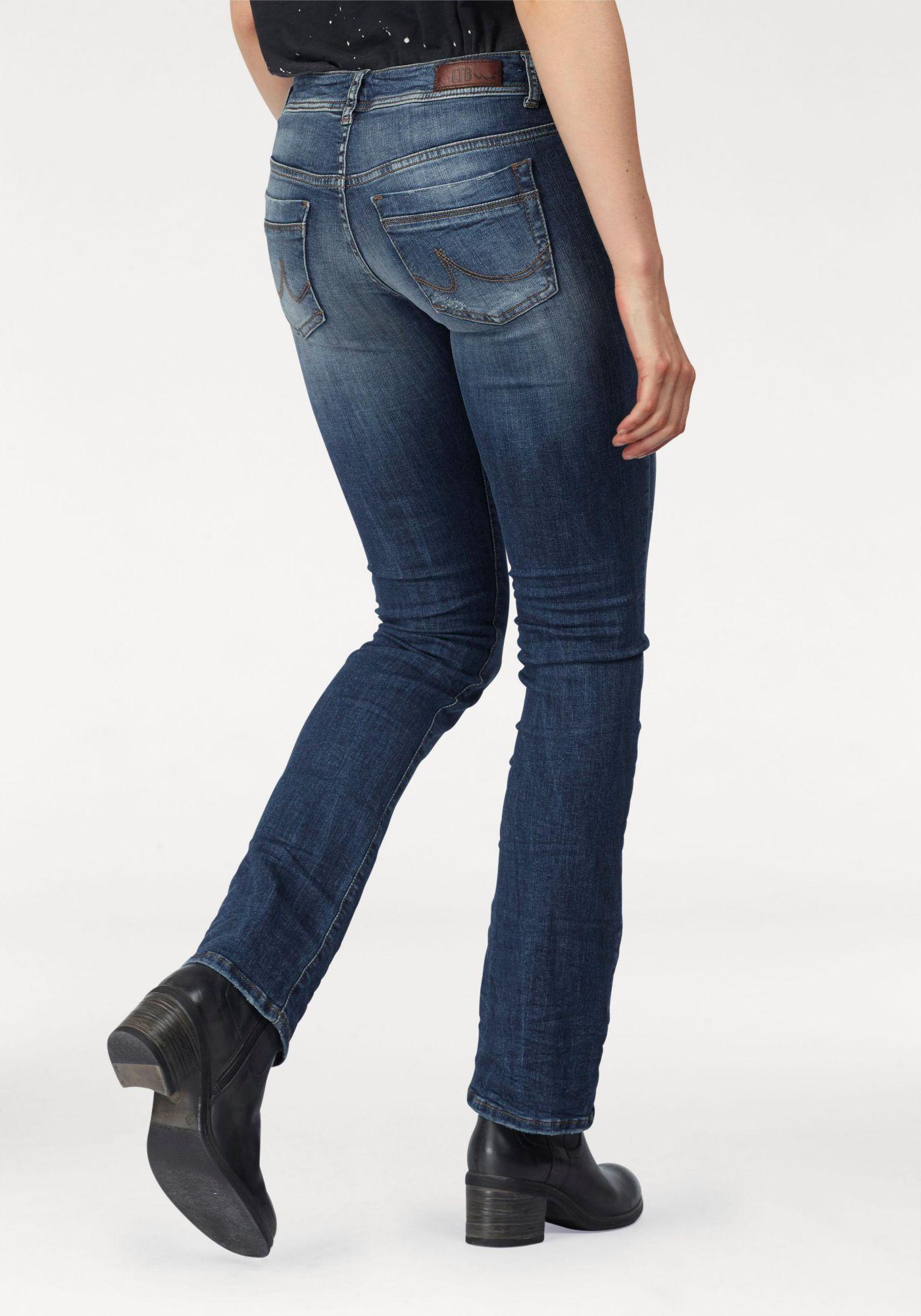 Bootcut джинсы